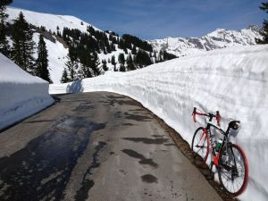 The col de la Croix on a fine day in April. Local crews did an amazing job clearing the snow.