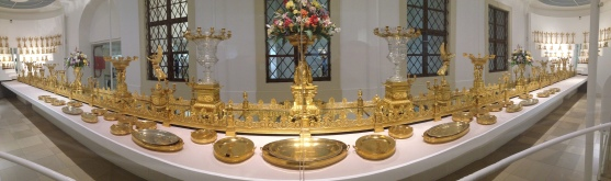 Gold table service used for state functions.