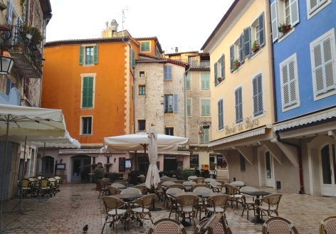 Tiny square in Vence, ready for the day to begin.