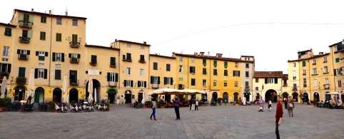 A lovely piazza in Lucca, where we ate dinner.