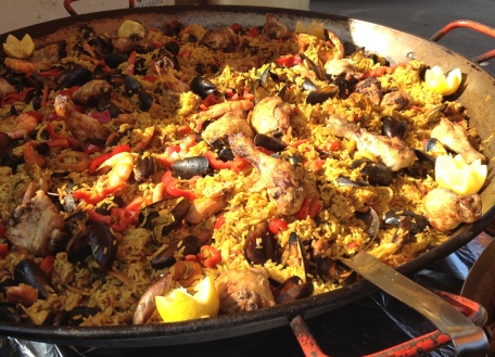 Not exactly French, but this paella looked amazing!