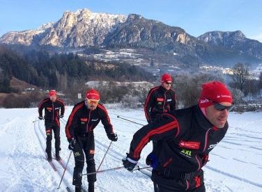The boyz from Team Santander, with eventual race winner Tord Asle Gjerdalen lurking in the back.
