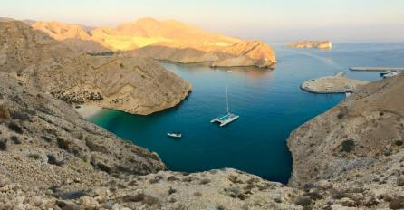 In contrast to the hypercommercialism of neighbouring Dubai, Oman attracts tourists with stunning scenes like this.